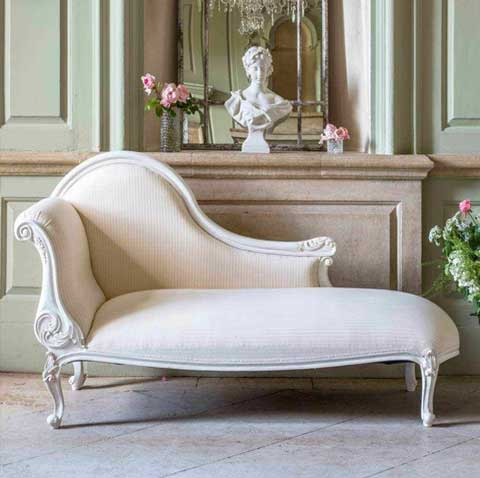 Bella Chaise Lounger In White Color